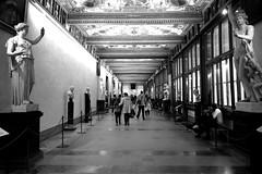 Uffizi Gallery (Roi.C) Tags: ufizzigallery florence firenze blackwhite