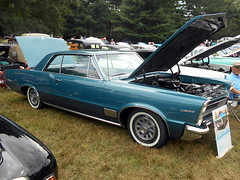 1965 Pontiac LeMans (splattergraphics) Tags: 1965 pontiac lemans