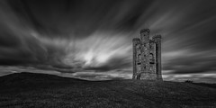 Broadway Tower (Davoud D.) Tags: uk longexposure england bw tower castle stone broadway cotswolds worcestershire canonef1740mmf4lusm folly broadwaytower broadwayvillage littlecastle middlehill cotswoldsway fishhill iconicbuilding areaofoutstandingnaturalbeauty broadwayhill cotswoldscastle cotswoldsaonb cotswoldsareaofoutstandingnaturalbeauty