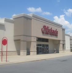 Micheals (Random Retail) Tags: plaza retail store tn artsandcrafts kingsport 2015 micheals kingsportpavilion