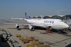 United Airlines  Boeing 747-422 N104UA (Kambui) Tags: flugzeuge avions airplanes aviones avies aeroplani   unitedairlines airplane kambui 744 747 747400 aeroplane air aircraft airline airliner airliners airlines airport aviation b744 b747 boeing boeing747 boeing747400 civilaviation jet jumbo jumbojet n104ua