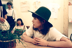 the hat (troutfactory) Tags: film hat japan friend rangefinder kobe  analogue kansai   artevent natura1600 35mmultron voigtlanderbessar2a