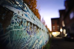 (Zwergpix) Tags: lensbaby availablelight 20mm fellbach