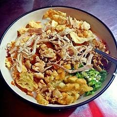 #Repost Photo by @irenemarcela8 Bubur ayam setan (buset), ntah mengapa dinamain begitu. Yang mimin tau sih enyak buburnya big porsi pula  #porridge #chickenporridge #bestintown #porridgelover #buset #bubursetan #serang #banten #kotaserang #pasarlama (kotaserang) Tags: food by indonesia photo big delicious foodporn yang  tau porridge repost ntah pula bubur ayam twothumbsup serang instafood begitu sih mimin bestintown chickenporridge banten buset setan foodlover mengapa porsi enyak kotaserang instagram ifttt pasarlama httpkotaserangcom irenemarcela8 dinamain buburnya porridgelover bubursetan