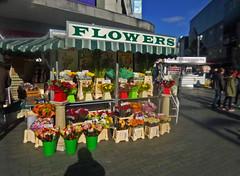 New Street Birmingham (KWR40) Tags: birmingham florist highstreet newstreet flowerseller