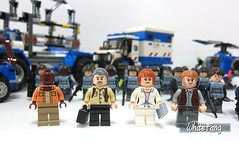 Some of the main characters of Jurassic World (WhiteFang (Eurobricks)) Tags: world white army control dinosaur background military pack soldiers combat section jurassic weapons platoon unit acu asset brickarms