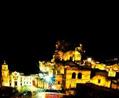 I  Sassi di Matera by night (eudibi) Tags: night lg basilicata g3 matera sassidimatera lgg3 centrostoricobynight