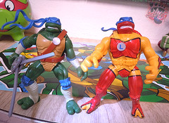 "Nickelodeon ""HISTORY OF TEENAGE MUTANT NINJA TURTLES"" FEATURING LEONARDO -  'NINJA TURTLES: THE NEXT MUTATION' LEONARDO vii / ..with N.M. TURTLEFLAGE Camo Blitz Cycle '98 (( 2015 )) (tOkKa) Tags: 2005 toys comic 1988 2006 1993 1992 leonardo figures toysrus 2012 2007 teenagemutantninjaturtles tmnt nickelodeon 2014 2015 displaystand playmatestoys ninjaturtlesthenextmutation toysrusexclusive tmntfastforward toontmnt tmntmovie4 turtlemilkstudios eastmanandlairdsteenagemutantninjaturtles moviestartmnt varnerstudios toonleo paramountteenagemutantninjaturtles 4kidstmnt paramountsteenagemutantninjaturtles tmnt2003 camoblitzcycle historyofteenagemutantninjaturtlesfeaturingleonardo turtleflageninjaturtles davearshawsky tmnt2014movie"