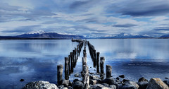 Towards the south : poles (Saint-Exupery) Tags: puertonatales chile patagonia leica