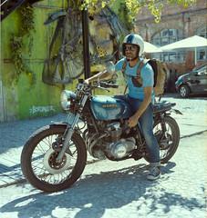 bike dude (witzka.heide) Tags: fujifilm fujipro npc160 yashica mat honda hondacb bordalo art bee bikeporn motorbike