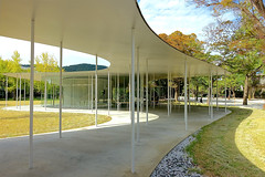 Junko Fukutake Terrace, Okayama University, Japan (Ken Lee 2010) Tags: building okayama japan 妹島和世 西沢立衛 kazuyosejima ryuenishizawa sanaa