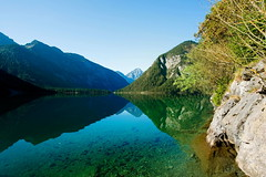 Reflektion (impossiblejoker) Tags: berge mountains see plansee reutte sterreich austria lake refelction view blue green landscape nature natur spiegelung
