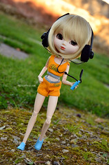 Running Time! | Pullip Assa (Kumo~Milk^^) Tags: pullip assa wendy obitsu doll rewigged wig junplanning groove stock stockoutfit headphones