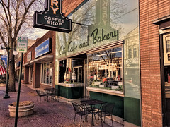 City Cafe (Pete Zarria) Tags: minnesota eat bakery neon vitriolite old style architecture cake coffee sign fall smalltown color leaves street cityscape