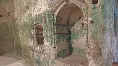 DSCF0052 glise monolithe d'Aubeterre-sur-Dronne (Charente) (Thomas The Baguette) Tags: aubeterresurdronne charente france monolith cave church tympanum glise glisenotredame saintjacques caminodesantiago sexyguy chateau cloister minimes mithra mithras cult