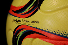 CONEXT15 PRO LIGUE 1 WINTER 2015-2016 ADIDAS MATCH BALL 09 (ykyeco) Tags:  pallone ballon balon soccer football fussball spielball omb palla pelota   bola   top adidas ball pilka matchball conext15 pro ligue 1 20152016 match france ligue1 conext
