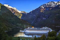 064634_CB_1062 (aud.watson) Tags: europe norway sunnmoreregion geirangerfjorden fjord waterfalls water mountains cruiseship geiranger dawn