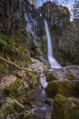Primera cascada de Oneta2 (ferpar57) Tags: tokina1224 asturias rio cascada bosque naturaleza agua nikond7200