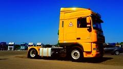 xf105.410 (nagylszl1) Tags: daf xf xf105 xf105410 straight pipe yellowcab lkw sattelzug euro5 hungarian truck fest