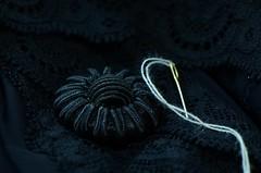 Macro Mondays Stitch (giancarlo_darrigo) Tags: macromondays stitch nero black bottone macro button fondonero seta stoffa nikon nikond7000