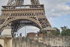 Navegando por el Sena 21 (CarlosJ.R) Tags: carrusel francia pars sena torreeiffel