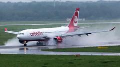 Air Berlin Airbus A330 D-ABXD (antowo1) Tags: canon airport airplanes airbus flughafen düsseldorf flugzeug regen a330 airberlin dus 100400 eos6d dabxd gegenschub ef100400f4556lisiiusm