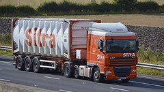 GN61 AXO (panmanstan) Tags: truck wagon motorway yorkshire transport lorry commercial vehicle freight sandholme bulk m62 daf xf haulage intermodal hgv
