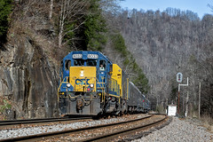 Santa Train North Trammel, Va.--2 (Vince Hammel Jr) Tags: railroad trains csx clinchfield