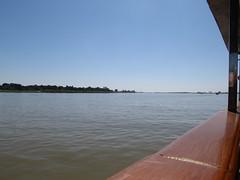 "Trajet en bateau sur le fleuve Irrawaddy (de Mandalay à Bagan) <a style=""margin-left:10px; font-size:0.8em;"" href=""http://www.flickr.com/photos/127723101@N04/22642948603/"" target=""_blank"">@flickr</a>"