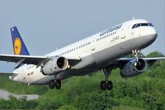 D-AISE (AnDrEwMHoLdEn) Tags: lufthansa a321 egcc airport manchester manchesterairport 23l