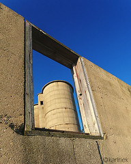 Silo In The Window... (Karl Riek) Tags: wisconsin silo oldfarm pewaukee abandonedfarm earlymorningsun earlymorningsunlight farmsilo silointhewindow razedsilo