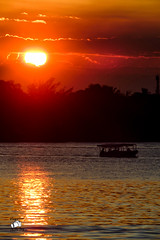 Ningn mircoles basta (rvm2616) Tags: boat sun sunset sunshine river cloud cloudy clouds cielo rojo red reflex reflections sky tuxpan veracruz atardecer puesta de sol mar costa oceano playa paisaje nube agua serenidad