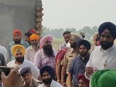 Cabinet Minsiter Bikram Singh Majithia and OSD to Dy CM Manjinder Singh Sirsa visited border villages (Shiromani Akali Dal) Tags: punjab shiromaniakalidal sad
