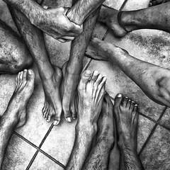 Feet (Mexico City. Gustavo Thomas  2016) (Gustavo Thomas) Tags: feet pies skin piel hairy vellos blackandwhite monochrome men hombres mexican