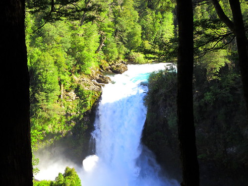 El Puma waterfall, Huilo Huilo