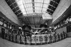(frscspd) Tags: london station train gate pentax gates platform fisheye xp2 paddington ilfordxp2 railways ilford ticketbarrier paddingtonstation ticketbarriers platform4 17mm platform5 platform6 17mmfisheye stationgates goingtobath 29330017 20151017