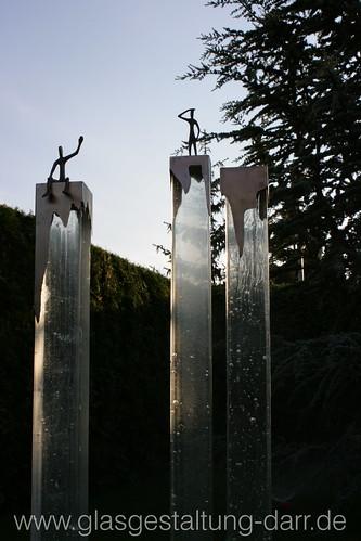 "Glassäulen / glass pillar - Detail I • <a style=""font-size:0.8em;"" href=""http://www.flickr.com/photos/65488422@N04/22051699544/"" target=""_blank"">View on Flickr</a>"