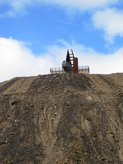 miners memorial1 (1) (Parto Domani) Tags: new broken wales memorial mine minas south hill australia mina mines outback aussie miner miners miniere detriti miniera cumulo mullock memoriale minatori minatore minerali