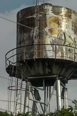 Water tank 20121205 144159 210mm (Lzaro Crdenas) Tags: water grande big agua eau wasser large rusty grand massive rostig  massif oxidado  rouill  masivo