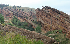 IMG_7850 (kz1000ps) Tags: tour2016 america unitedstates scenery landscape colorado hills mountains rocky rockies cloudy gray grey fog redrockspark foothills monoliths morrison denver redsandstoneoutcrops rockformations usa