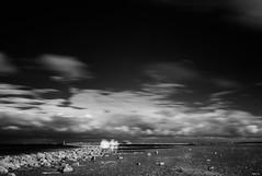dark sky... (Heinz Wille) Tags: leica m8 monochrome schwarzweiss bw norddeich norddeichmole nordsee blur bigstopper ndfilter infrarot irfilter langzeitbelichtung longtimeexposure sky darksky clouds infrared