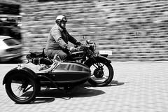 classic motor bike (Anna-logisch) Tags: oldtimer classicmotorbike bw nikond7000 motorbike motion