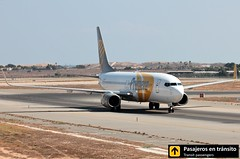 Boeing B737 Primera Air (Ana & Juan) Tags: airplane airplanes aircraft airport aviation aviones aviación boeing b737 737 primera primeraair taxiing alicante alc leal spotting spotters spotter planes canon closeup
