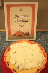 Every pie looks yummy - Banana Pudding Pie