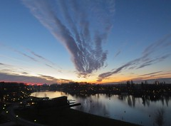Amsterdam Amstel (Elisa1880) Tags: amsterdam noordholland nederland netherlands amstel uitzicht view zonsondergang sunset lucht sky urban cityscape