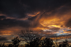 Storm Clouds Sunset (Klaus Ficker --Landscape and Nature Photographer--) Tags: sunset clouds storm weather color colorful weatherinkentucky evening night kentuckyphotography klausficker usa kentucky canon eos5dmarkii
