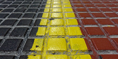 Noir, jaune, rouge 1 (SchoonbrodtB) Tags: black yellow red noir jaune rouge belgian flag drapeau belge