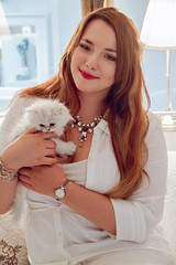 French Curves White Party (Alice ) Tags: look persian chat kitty chinchilla whiteparty blanc chaton persan frenchcurves ootd fashionblogger carnetsdalice