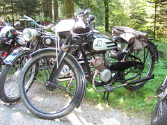 Panther TS 98 - 1949 (John Steam) Tags: vintage austria meeting motorcycle oldtimer moped panther obersterreich mofa oldtimertreffen imvc mattighofen motorfahrrad kobernausserwald kindstal