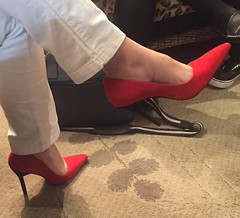 Another masterpiece of my hot wife !!! (Curto_um_pezinho) Tags: sexy feet sex foot shoes highheel legs sensual wife ps pernas pezinhos esposa saltoalto footjob feetjob shoejob heeljob